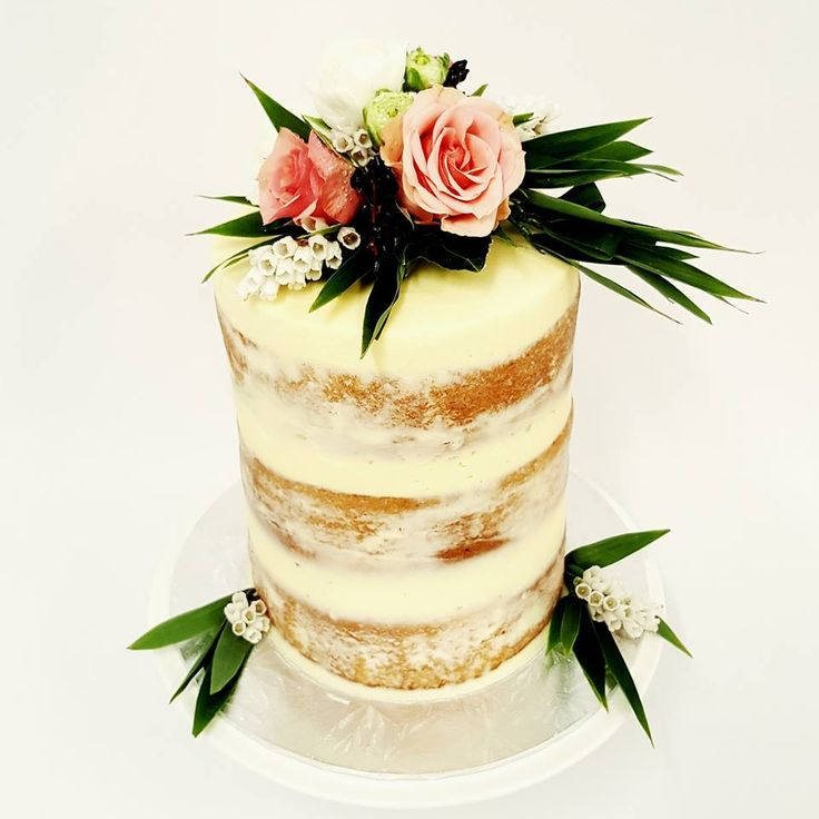 Cream Naked Cakes with Peach Roses and Grennery