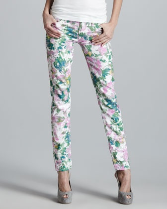I already have floral pants, though I'm not floral, but this one is ok too. 7 for all mankind: Floral Prints, Mankind Kauai, Coveted Fashion, Patterned Pants, Kauai Floral Print, Floral Pants, Photo, Printed Skinny Jeans, Floral Print Skinny