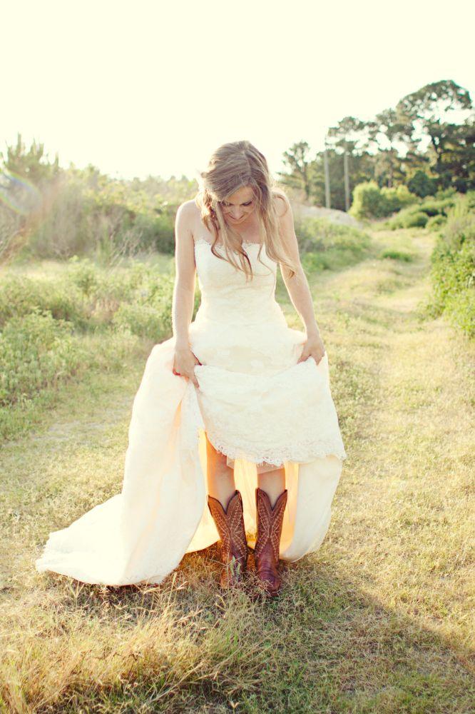 Non-traditional bridal portrait ideas!