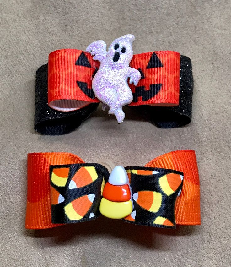 Dog Hair Bows- Halloween Dog Bow Ghosts & Candy Corn Embellished Dog Bow by CreateYourOwnDesign on Etsy https://www.etsy.com/listing/538838684/dog-hair-bows-halloween-dog-bow-ghosts