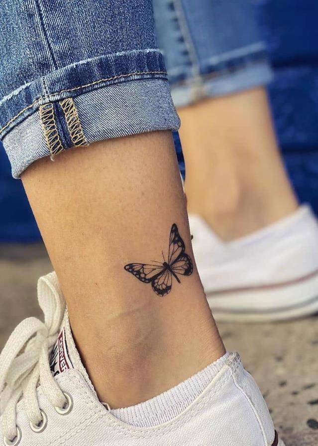 Small Animal Tattoo On Foot Small Unique Foot Tattoo Design For Woman Female Foot Tattoo Meaningful Tat In 2020 Foot Tattoos For Women Tiny Foot Tattoos Foot Tattoo