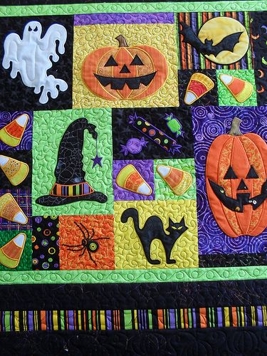 Halloween | Pieced by Sarah Shelton. Pattern by Angie Steves… | Flickr
