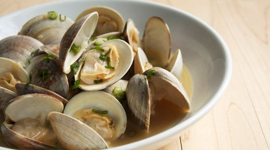 Steamed clams, Clams and Garlic on Pinterest