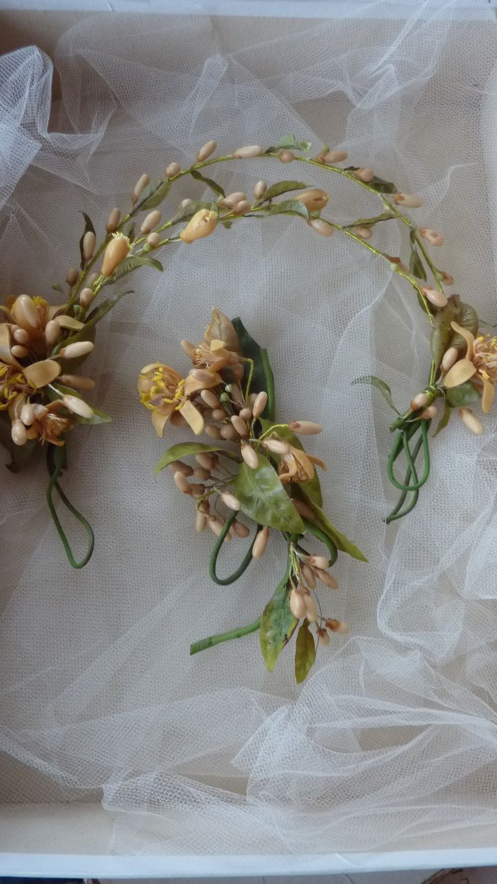French bride's delicious wax wedding crown & corsage in box dated 1910