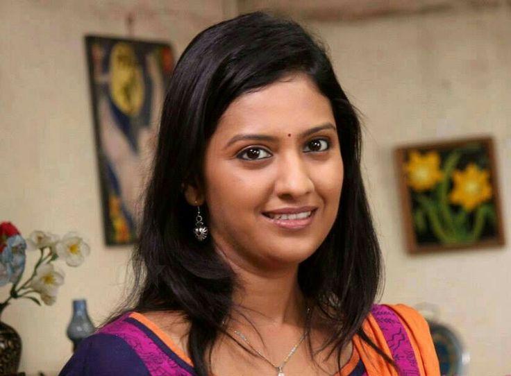 Tejashree pradhan marathi actress