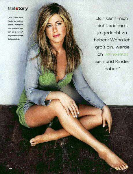 Share Rate And Discuss Pictures Of Jennifer Aniston S Feet On Wikifeet The Most Comprehensive Celebrity Database To Ever Have Existed