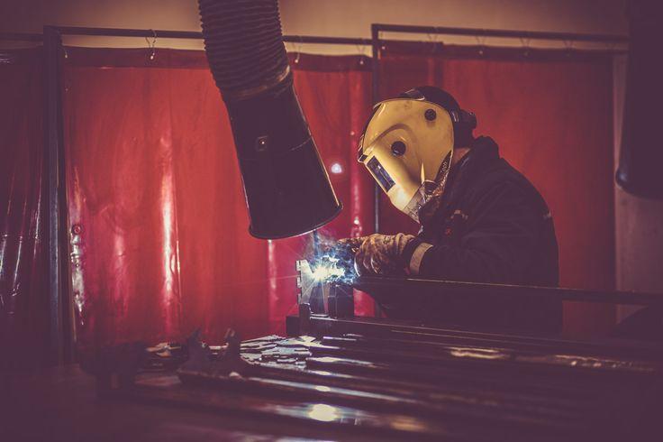 Fase di saldatura  #saldatura #acciaio #arredonegozi