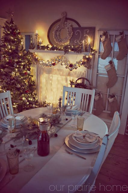 Our Prairie Home: Christmas Dining Room   Budget Holiday Decorating Ideas