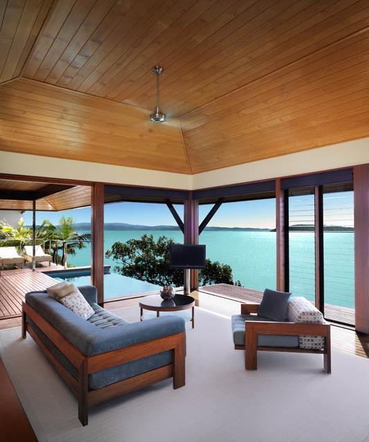 Windward Pavilion Longe Room at qualia