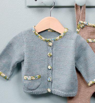 Modèle gilet bébé à poche Liberty - Livre Tricot layette 1er trousseau