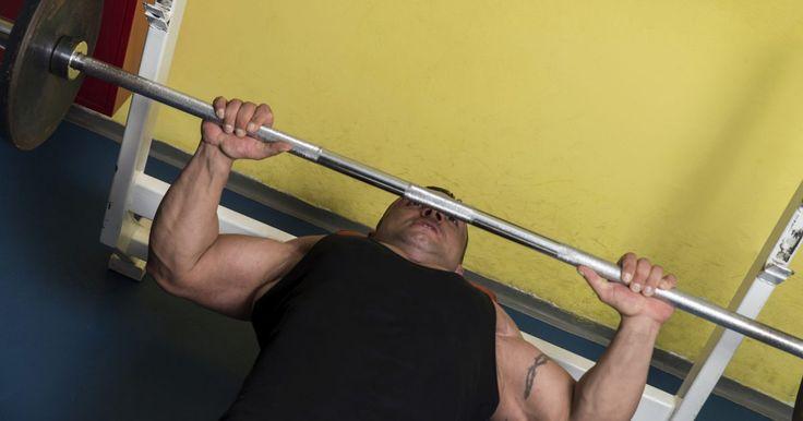 Como ganhar músculos na região das costelas. Fisiculturistas e levantadores de peso desejam obter uma caixa torácica (área das costelas) com músculos torneados. A quantidade de músculos da região é bem pequena, então pode ser difícil obter o visual desejado. A melhor maneira de conseguir isso é exercitar os músculos inferiores do peito, localizados diretamente ao lado das costelas. Essa ...