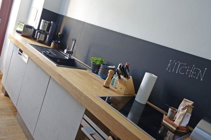 Küchenzeile in Beton-Optik