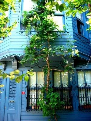 Kuzguncuk houses istanbul