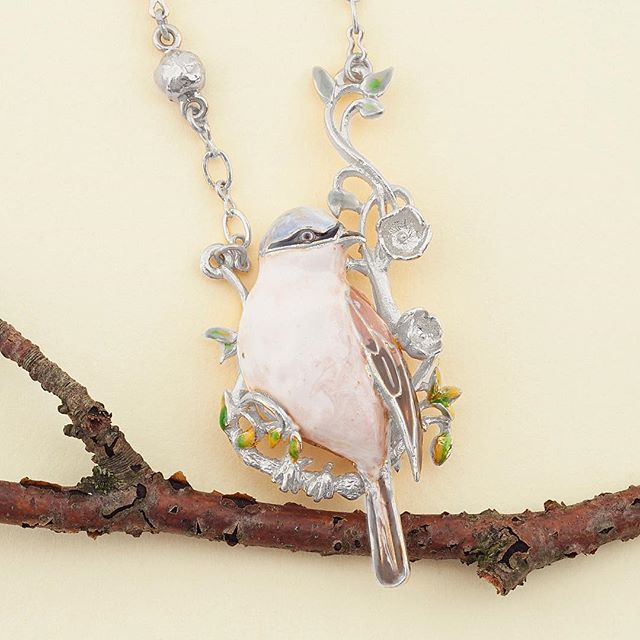 🌿🌼:: The Sparrow Long Pendant :: 🐦🌿  .  .  .  #BillSkinner #birds #sparrow #birdjewellery #jewellerydesigner #design #stilllifephotography #fashionphotography #fashion #style #nature #woodland #rhodium #enamel #birdsofinstagram #sparrow #handcrafted