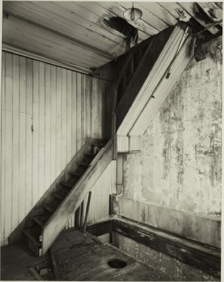 Andrew Ross. The Odlins building: east stairs between 3rd and 4th floors, 30/10/2002 - Collections Online - Museum of New Zealand Te Papa Tongarewa