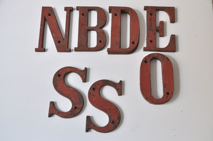 Vintage Fassadenbeschriftung Werbung Buchstaben