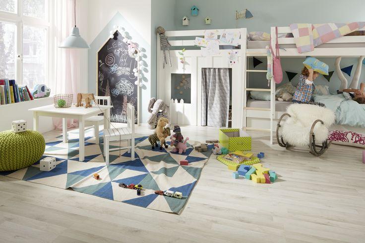 Letisztult világos laminált padló a gyerek szobákban tökéletesen mutat