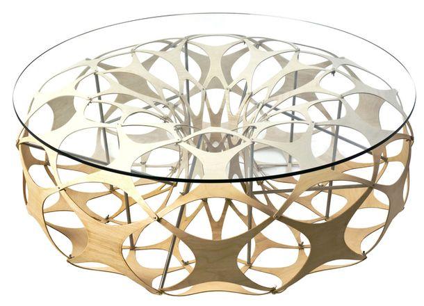 Журнальный стол Mensa, стекло, фанера, сталь, дизайнеры Ричард Суини и Лайам Хопкинс, Lazerian