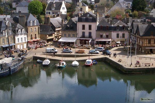 Auray, Bretagne, France Summer 2009.