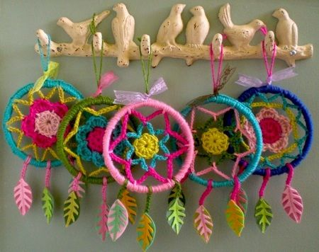 crochet dream catchers. extremely cute! i am going to make one for a rearview mirror ornament