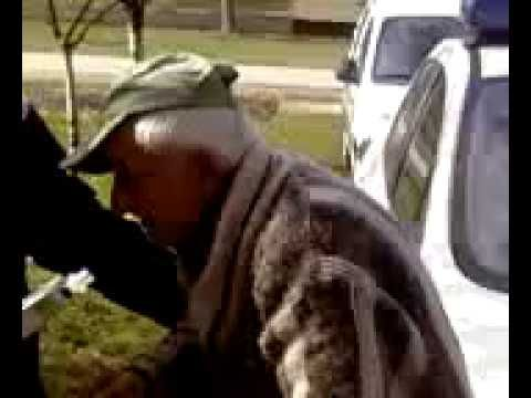 Funny drunk old man stopped by police! TO FUNNY!