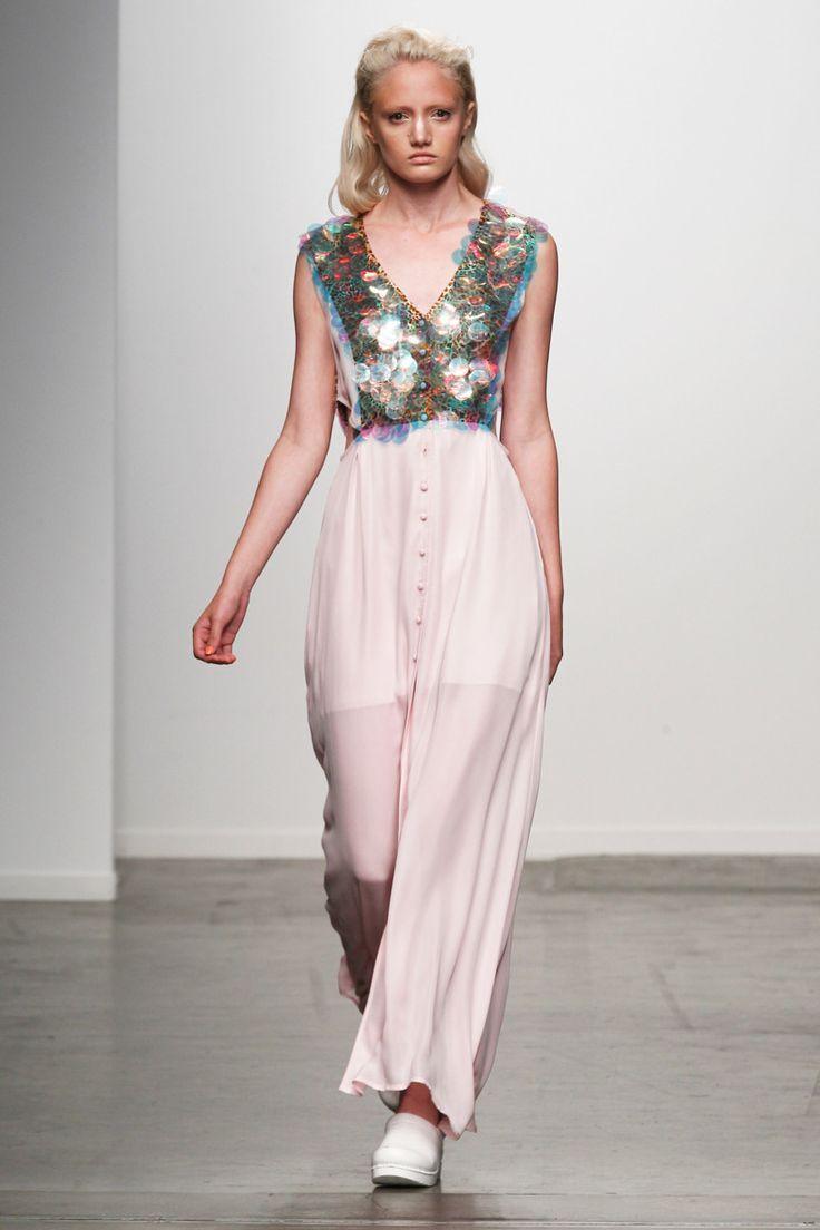 Outfit: 2.5    Karolyn Pho