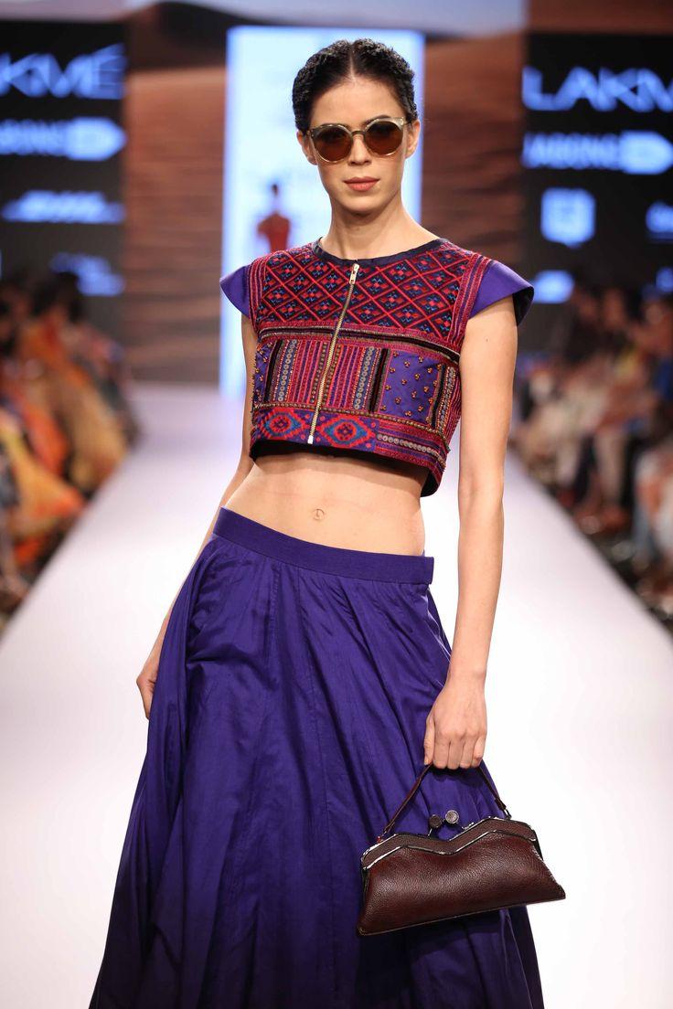 Pinnacle by Shruti Sancheti was a show stealer at Lakme Fashion Week Summer Resort'15! #JabongLFW