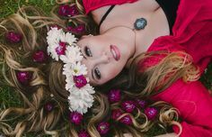 DYI Boho Flower Crowns for Senior Portraits - easy to make and quite popular these days ...I love for flowers to be in any photos I do - especially backgrounds and in scenery around the subjects for on location shoots! <3
