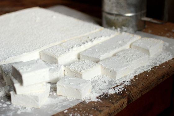 Homemade Vanilla Marshmallows | sweets | Pinterest