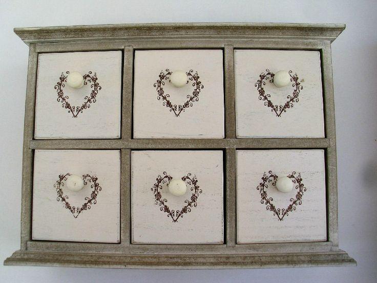 μπιζουτιέρες κοσμημάτων με ράφια συρταριέρες κοσμημάτων στο http://amalfiaccessories.gr/home-decor/