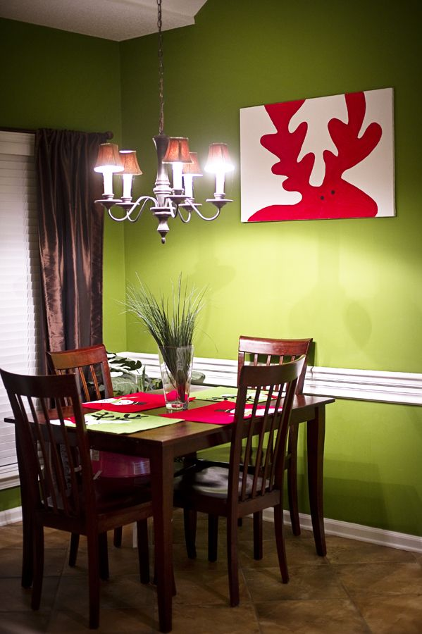 red moose painting - DIY?: Wall Colors, Dining Rooms, Diy Christmas Wall Art, Red Moo, Art Ideas, Holidays Ideas, Christmas Decor, Moose Painting, Reindeer Paintings