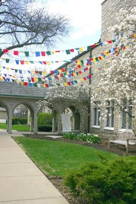 I'm all about a good banner.Prayer flags. Church members and friends write prayers on individual flags, which are then sewn together and hung. My church did this for lent last year, and then the church I grew up in did it for their 50th anniversary this year. Beautiful.