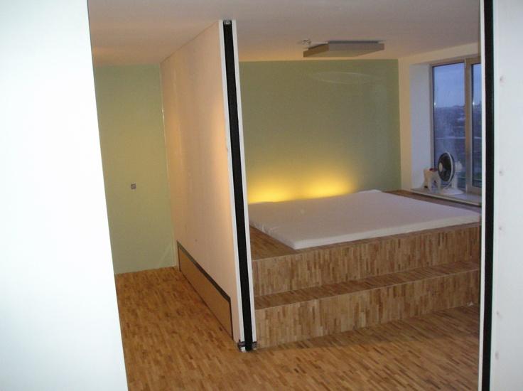 Maatwerk tweepersoons bed (bamboe) met uitschuifbaar logeerbed