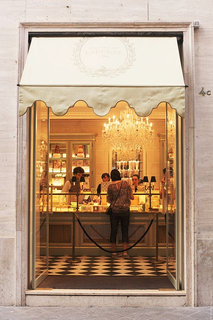 Ladurée in Rome, photo by Carin Olsson