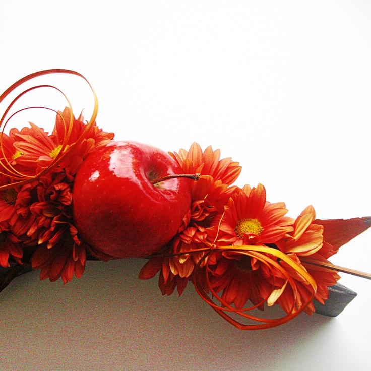 #Apples and orange #daisies #centerpiece