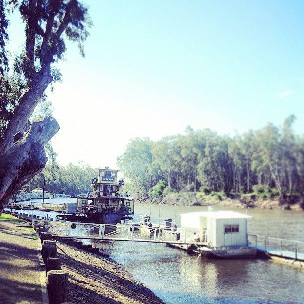 Murray river victoria (at Echuca)