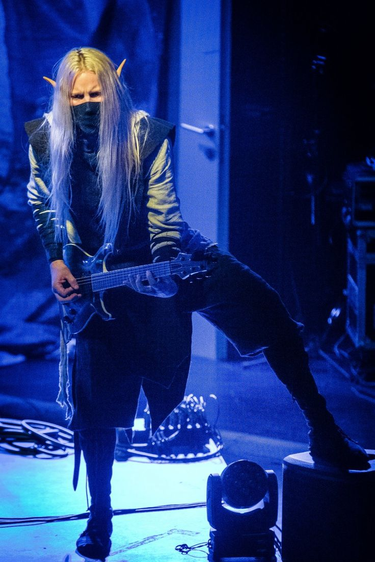 Twilight Force ⚫ Photo by Jan Salač⚫ Zlín 2017 ⚫ #TwilightForce #Aerendir #elf #woodelf #guitar #guitarist #larp #elvenears #music #metal #concert #gig #musician #band #artist #celebrity #Sweden #Swedish #Powermetal #dragon #live #concertphotography #Nuclearblast #トワイライトフォース