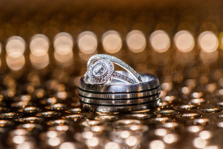 Possibly one of the most artistic ring shots I have ever captured...using a serving plate #WeddingRing #RingPhotoIdeas
