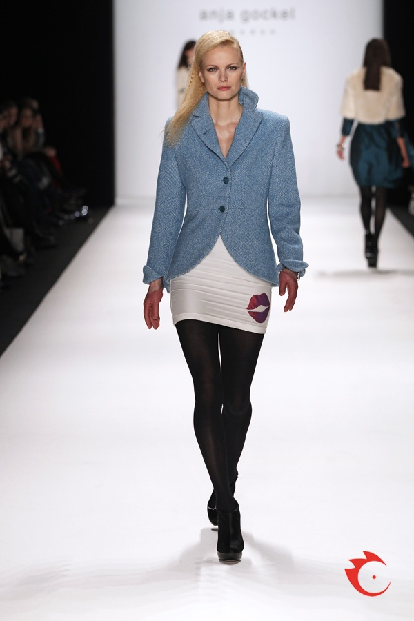 anja gockel - comfortable blue blazer plus sexy white pencil skirt with kiss print