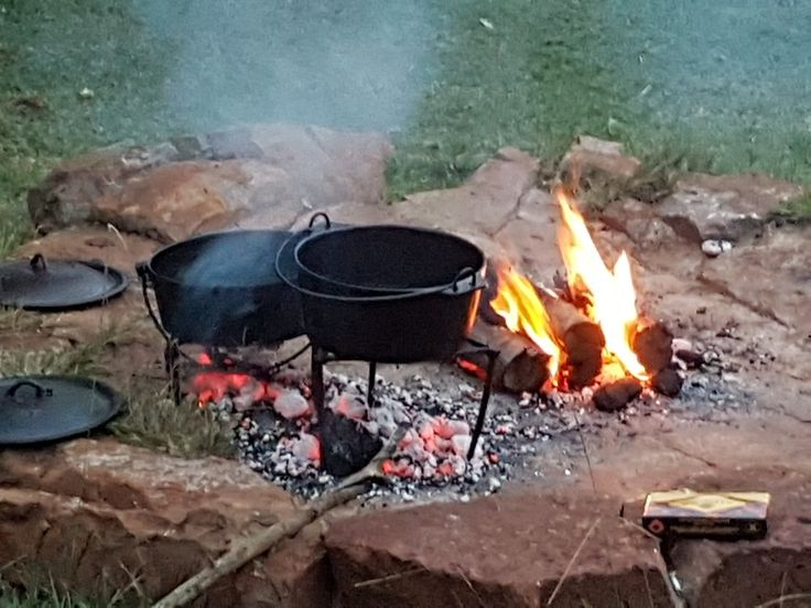"Good times at Kaapsehoop Horse Trails... One of the ways we prepare dinner is over a open log fire, in what we South Africans call a ""potjie""... basically a stew....#naturalbeauty #mountains #horses #backpackers #stopover #affordable #friendly #selfcatering #restaurant #deliciousmeals #outrides #wildhorses #forests #internationalvolunteerprogram #wildlife #southafrica #photosafari #tourism #extremefrontiers #adventure #holiday #vacation #safari #tourist #travel"