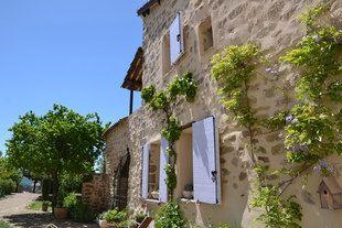 Gîtes de charme avec piscine - Vieil Aiglun - Haute Provence