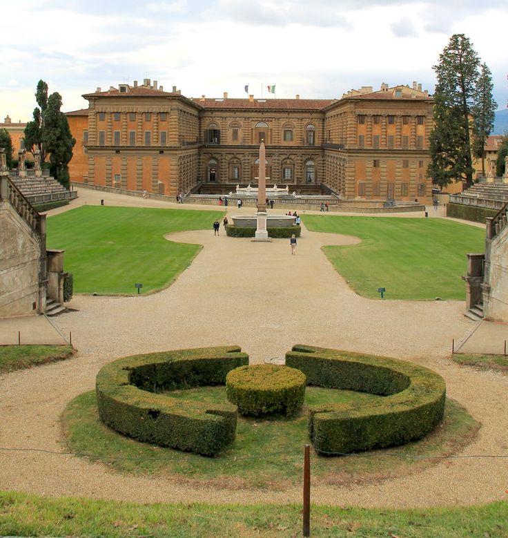 Widok na Palazzo Pitti z ogrodów Boboli
