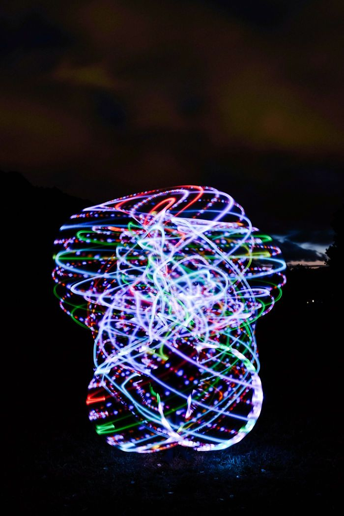 7+ Creative Light Painting Pictures That Will Change The Way You See Hula Hoop | Bored Panda