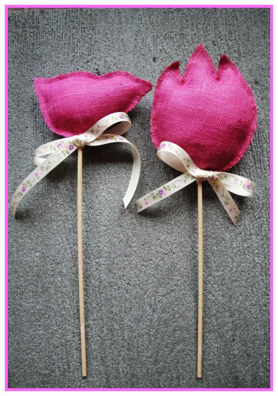 Ester decoration https://www.etsy.com/it/listing/177521733/spring-easter-planter-sticks-2-pink