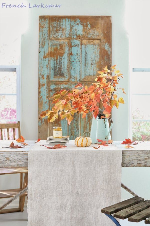 Love this fall setting. Beautiful picture from French Larkspur. Check out their blog.