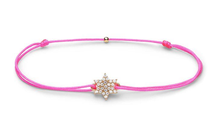 Charm'ed bracelet by Charm'ed Copenhagen - www.charmedcopenhagen.com - #charmed #bracelet #star #danishdesign #jewellery #armbånd #smykker #charmed_cph #rikkehandrecknovod