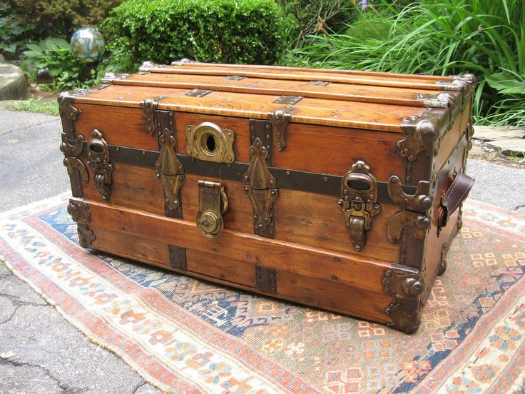 Antique 1800 Low Stage Coach Chest Flat Wood Steamer Trunk Restored Coffee Table Flats