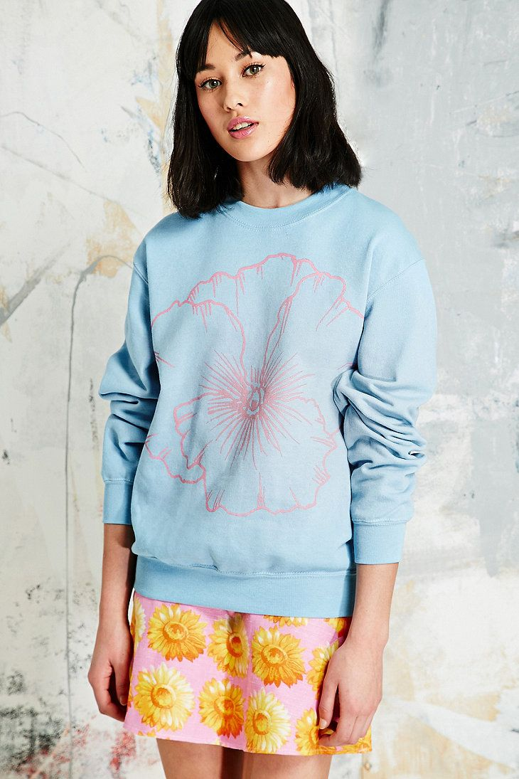 Vintage Renewal Pansy Sweatshirt in Blue