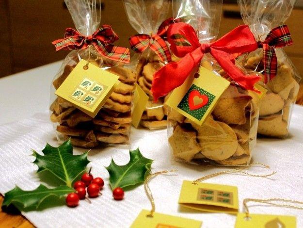 Biscotti+di+Natale+confezionati - Simpatiche+confezioni+per+i+biscotti%2C+un+regalo+goloso+e+molto+apprezzato%21%0D%0A%0D%0AFoto+di+%3Ca+href%3D%22http%3A%2F%2Fwww.flickr.com%2Fphotos%2Fcate22%2F%22%3ECaterina%3C%2Fa%3E