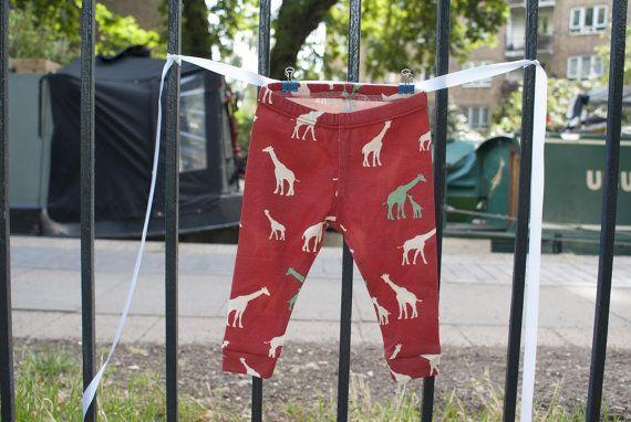 Baby leggings boy/girl Giraffe print red organic by InALandFarAway